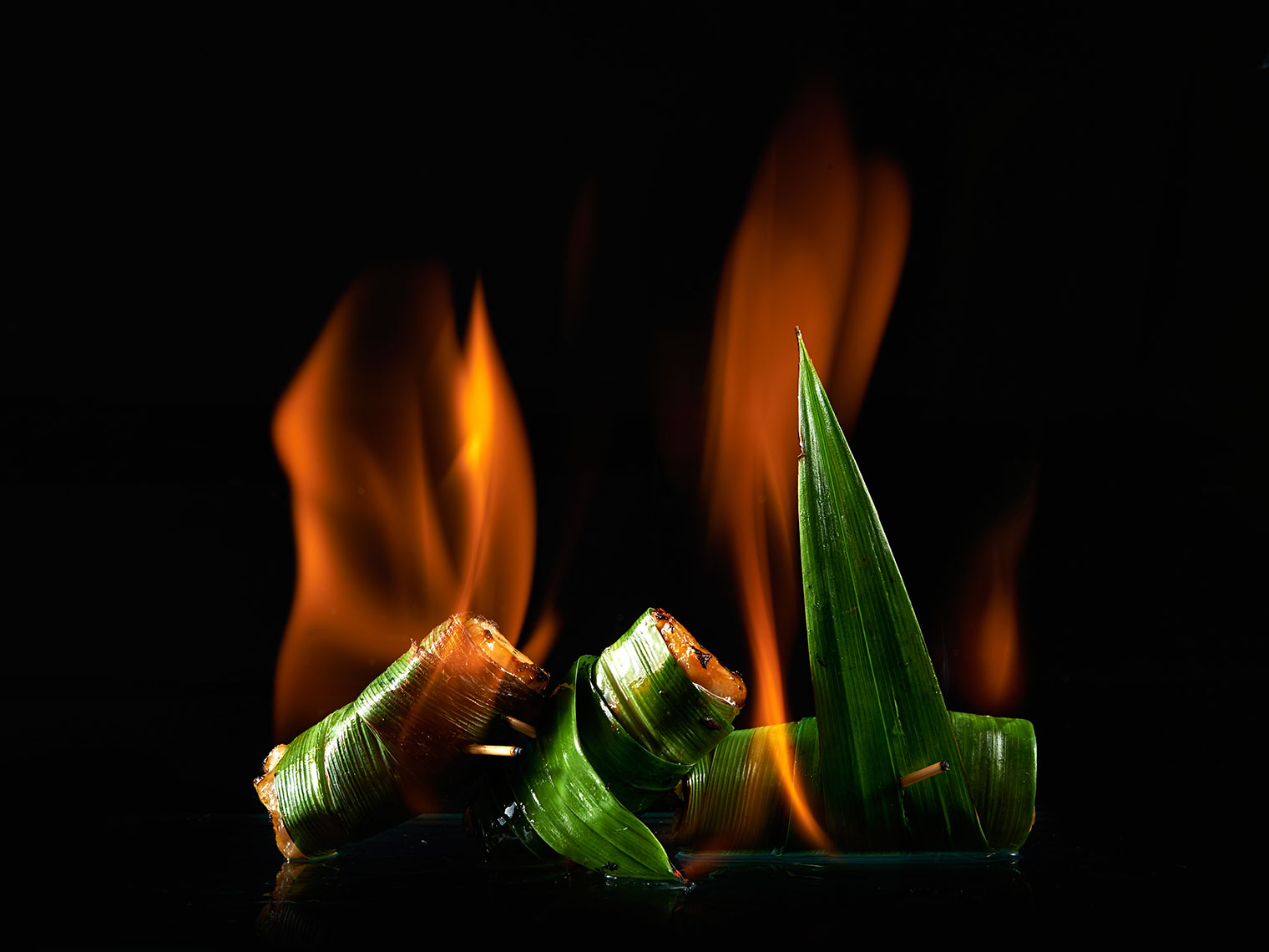 F105_food_shot_bananaleaf_chicken_onfire_BITE_Studio_Wing_Chan